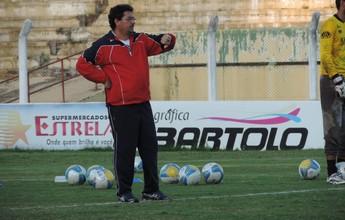 """Impaciente, técnico do Grêmio Prudente frisa: """"Precisamos pontuar"""""""