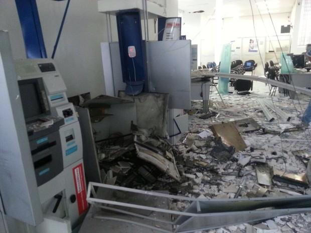 explosão caixa patrocinio (Foto: Site Dia News/ Divulgação)