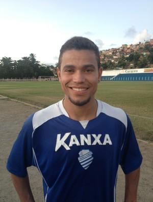 Willams Vassoura fez seu primeiro treino pelo CSA (Foto: Henrique Pereira/GloboEsporte.com)