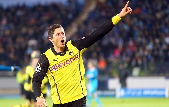 Robert Lewandowski comemoração gol Borussia Dortmund e Zenit (Foto: Getty Images)