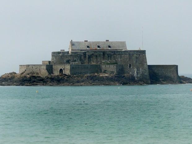 Castelos e fortalezas medievais foram erguidos na região (Foto: Sidney Pereira)