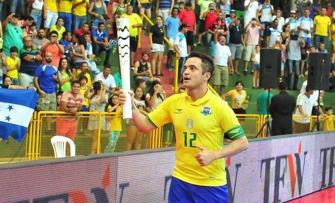 Falcão Tocha Olímpica (Foto: Ricardo Artifon/CBFS)