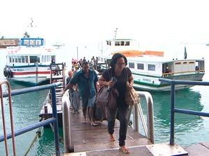 Movimento na travessia (Foto: Imagens/TV Bahia)