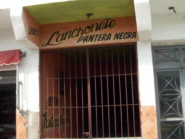 Menina foi encontrada morta no bar e lanchonete 'Pantera Negra' (Foto: Reprodução/TV Tribuna)