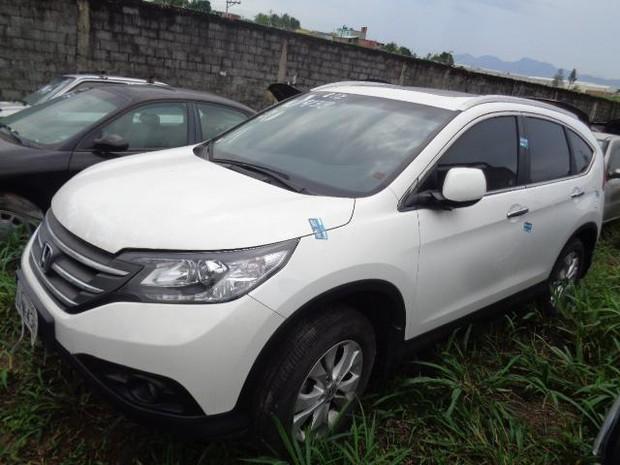 O Honda CR-V EXL tem lances a partir R$10 mil  (Foto: SEOP)