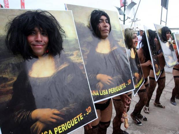 """As """"Mana Lisa"""" do bloco """"As Virgienses"""", no carnaval de 2012 (Foto: Igor Mota/Amazônia Jornal)"""