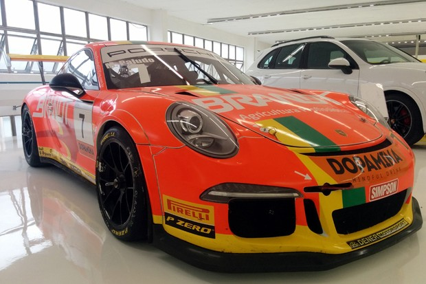 Porsche 911 GT3 (Foto: Alexandre Izo/Autoesporte)