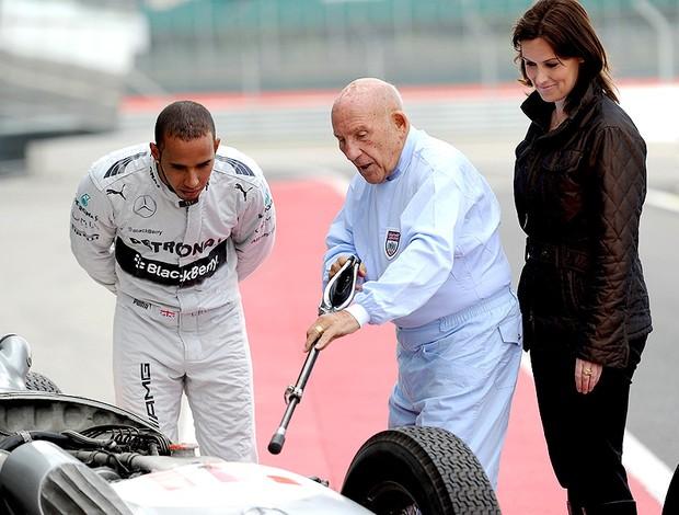 Lewis Hamilton e sir stirling moss evento mercedes (Foto: Agência Getty Images)