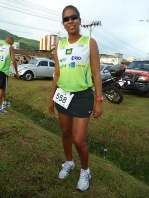 Sheila Valle Corrida de Nova Iguaço estilo corredor (Foto: Igor Christ/GLOBOESPORTE.COM)