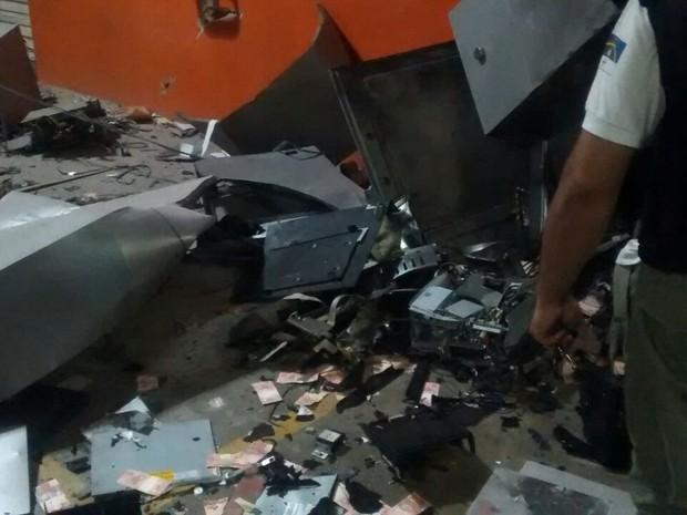 Equipamentos ficavam dentro do centro de compras (Foto: Divulgação/Polícia Militar)