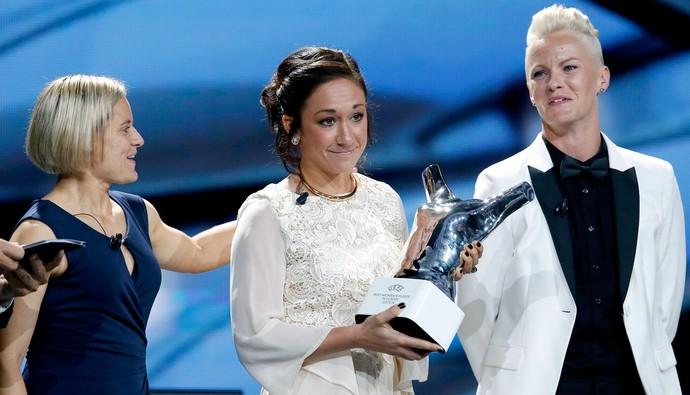 Nadine Kessler - melhor jogador da europa uefa (Foto: Reuters)