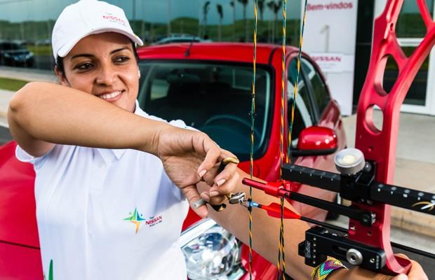 Jane Karla Rodrigues é paratleta do tiro com arco (Foto: Divulgação)