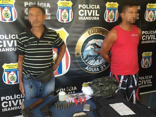 Pai e filho foram presos durante Operação 'Duas Caras', em Iranduba, no AM (Foto: Divulgação/Polícia Civil do Amazonas)