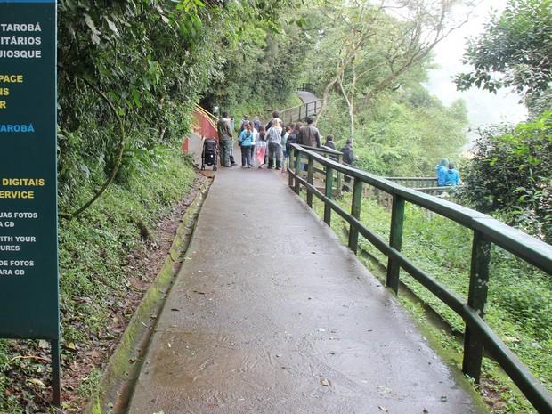 Estrutura de visitação é elogiada por turistas que visitam a reserva no oeste do Paraná (Foto: Cataratas do Iguaçu S. A. / Divulgação)
