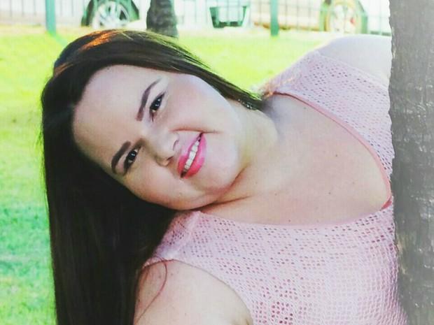 Franciele Salete, 27 anos, é formada em administração de empresas (Foto: Divulgação)