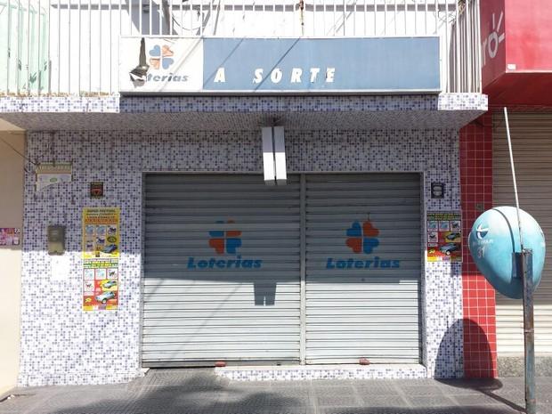 Aposta foi feita na Casa Lotérica A Sorte, em Cabrobó (Foto: Eric Naboa/TV Grande Rio)