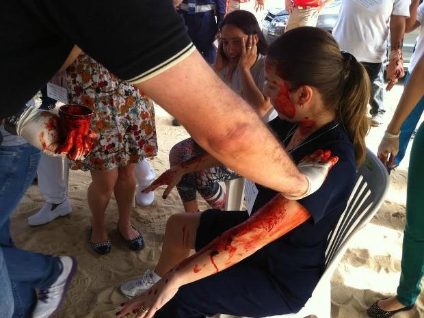 Simulação de acidente com 40 pessoas feridas (Foto: Camila Henriques/G1 AM)