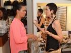 Larissa Maciel e Juliana Alves vão a evento em shopping no Rio
