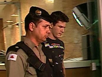 Jason Ferreira Paschoalino, soldado demitido da PM (Foto: Reprodução/TV Globo)