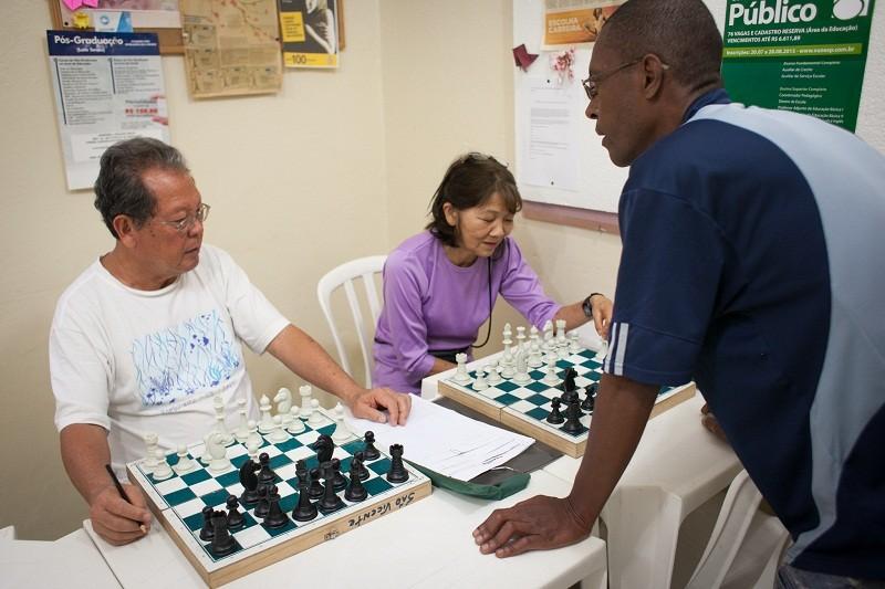 Aprendizado de xadrez (Foto: divulgação)
