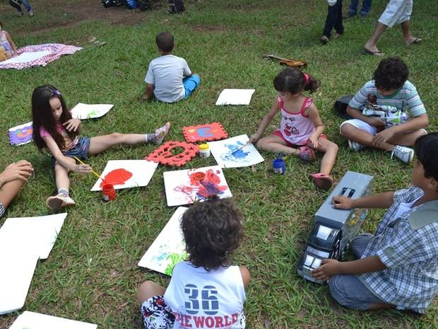 Crianças são assistidas pelo Anda em Montes Claros. (Foto: Gabriela Abreu / Anda)