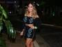 Rafaella Santos usa vestido curtinho para ir a show de Anitta no Rio