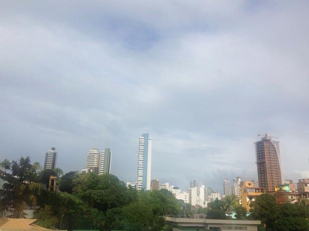 Salvador terá chuva fraca durante toda esta segunda-feira (Foto: Rafaela Ribeiro/G1)