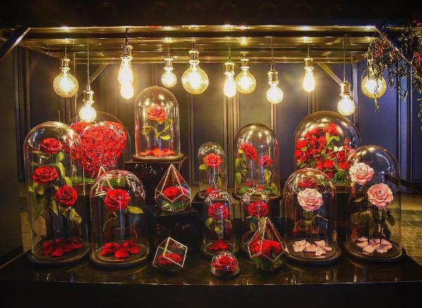 forever-rose-flor-dura-20-anos-bela-e-a-fera (Foto: Divulgação/Instagram)