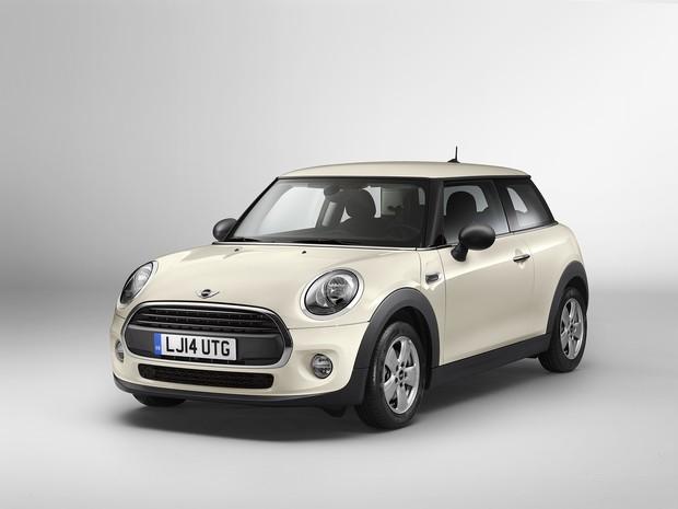 00468c5bb Auto Esporte - Versão de entrada, novo Mini One é 'escondido' pela ...
