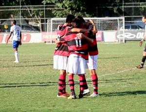 juniores flamengo friburguense (Foto: Divulgação / Site Oficial do Flamengo)