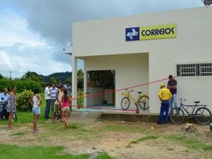 Agência do Correios de Campo Novo de Rondônia, RO, foi alvo dos bandidos (Foto: Eliete Marques/G1)
