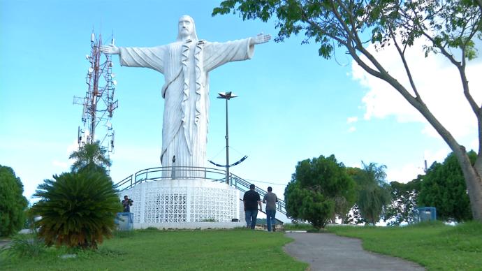 Estátua Cristo Rei do Pantanal, em Corumbá (Foto: João Braga/Gshow)