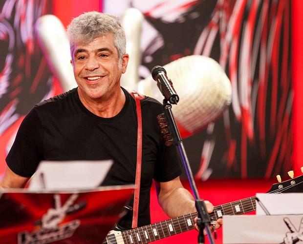 Lulu Santos promete apresentações trepidantes para o segundo dia de semifinais (Foto: The Voice Brasil/TV Globo)