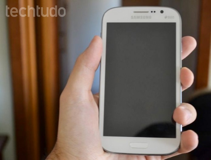 Galaxy Gran Duos, smartphone da Samsung dual-chip com tela de 5 polegadas (Foto: Pedro Zambarda/TechTudo)