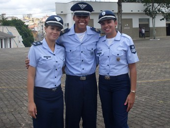 Os netos de José Máximo da Mota também seguiram carreira na Aeronáutica, como o pai e o tio (Foto: Michele Marie/G1)