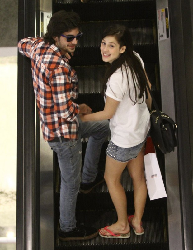 Fiuk e Sophia Abrahão (Foto: Marcos Ferreira/Foto Rio News)