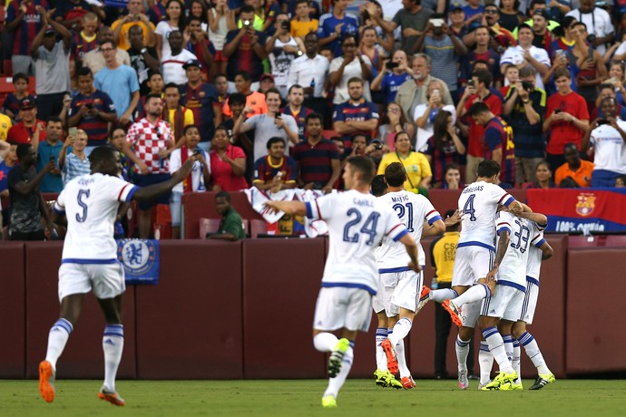 Comemoração gol Hazard Chelsea x Barcelona (Foto: Getty Images)