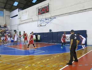 Basquete Santos Inter Fupes Lins (Foto: Lizie Rodrigues)