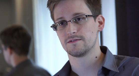Edward Snowden em Hong Kong em 2013. Ele decidiu vazar as informações de lá antes de partir para o Equador - terminou na Rússia porque o governo suspendeu seu passaporte (Foto: The Guardian via Getty Images)
