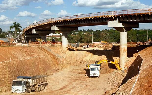 Viaduto do Tijucal em Cuiabá (Foto: Edson Rodrigues/Secopa)