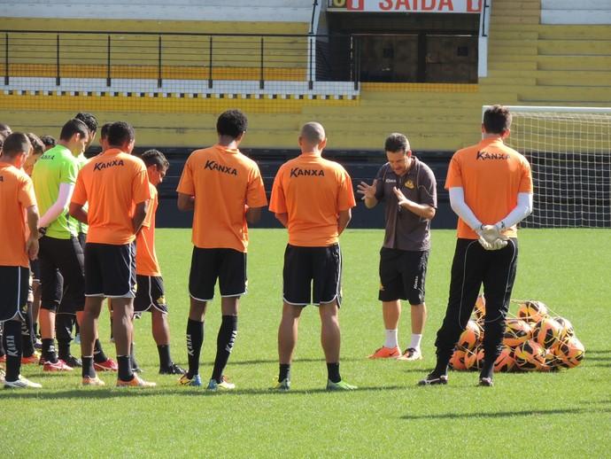 Criciúma treinamento (Foto: João Lucas Cardoso)