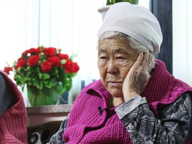 """Os-seon, de 88 anos, foi escravizada sexualmente durante três anos em uma das """"estações de conforto"""" do exército do Japão na Coreia do Sul (Foto: Reuters)"""