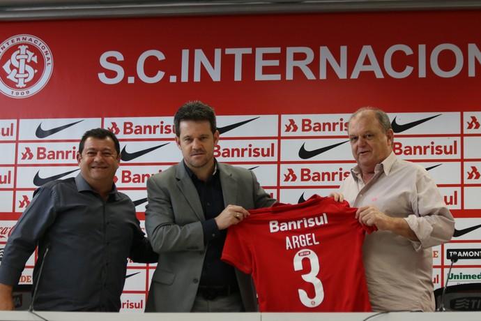 Argel Fucks técnico inter apresentação internacional vitorio piffero pellegrini (Foto: Tomás Hammes/GloboEsporte.com)