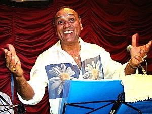 """Paulinho Mocidade foi o primeiro intérprete do single da """"Globeleza"""" (Foto: Divulgação)"""