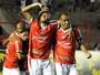 Mogi revê Macaé 11 meses após brilho de Rivaldo e Rivaldinho com três gols