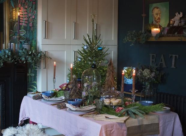 Décor do dia: mesa de Natal maximalista (Foto: reprodução)