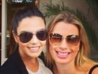 Encontro de vizinhas! Fernanda Keulla posa com Giovanna Lancellotti