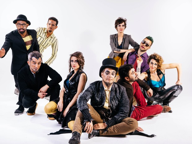Show performático do Teatro Mágico é destaque do evento (Foto: Divulgação)