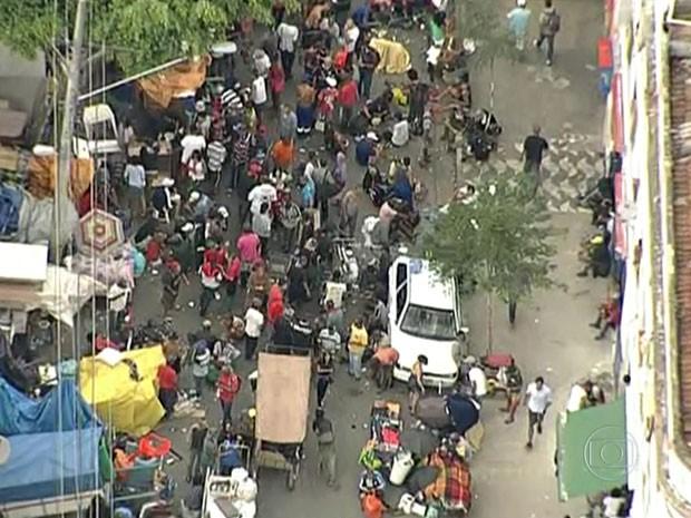 Prefeitura de São Paulo faz operação na região da Cracolândia (Foto: Reprodução TV Globo)