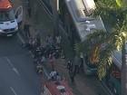Cerca de 30 ficam feridos em batida entre ônibus na Av. Antônio Carlos